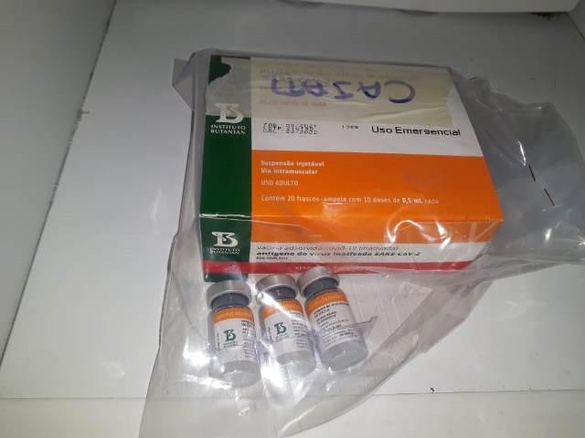 Cajati recebe 230 doses de Coronavac para vacinação de idosos com 64 anos