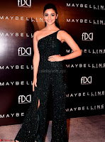 Alia Bhatt super cute in black Jumpsuit 8.jpg