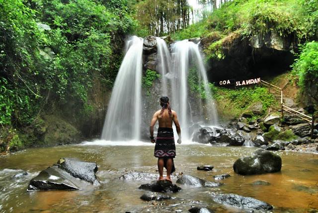 Tempat Wisata Air Terjun Terbaik di Magelang - Air Terjun Goa Slandak, Magelang