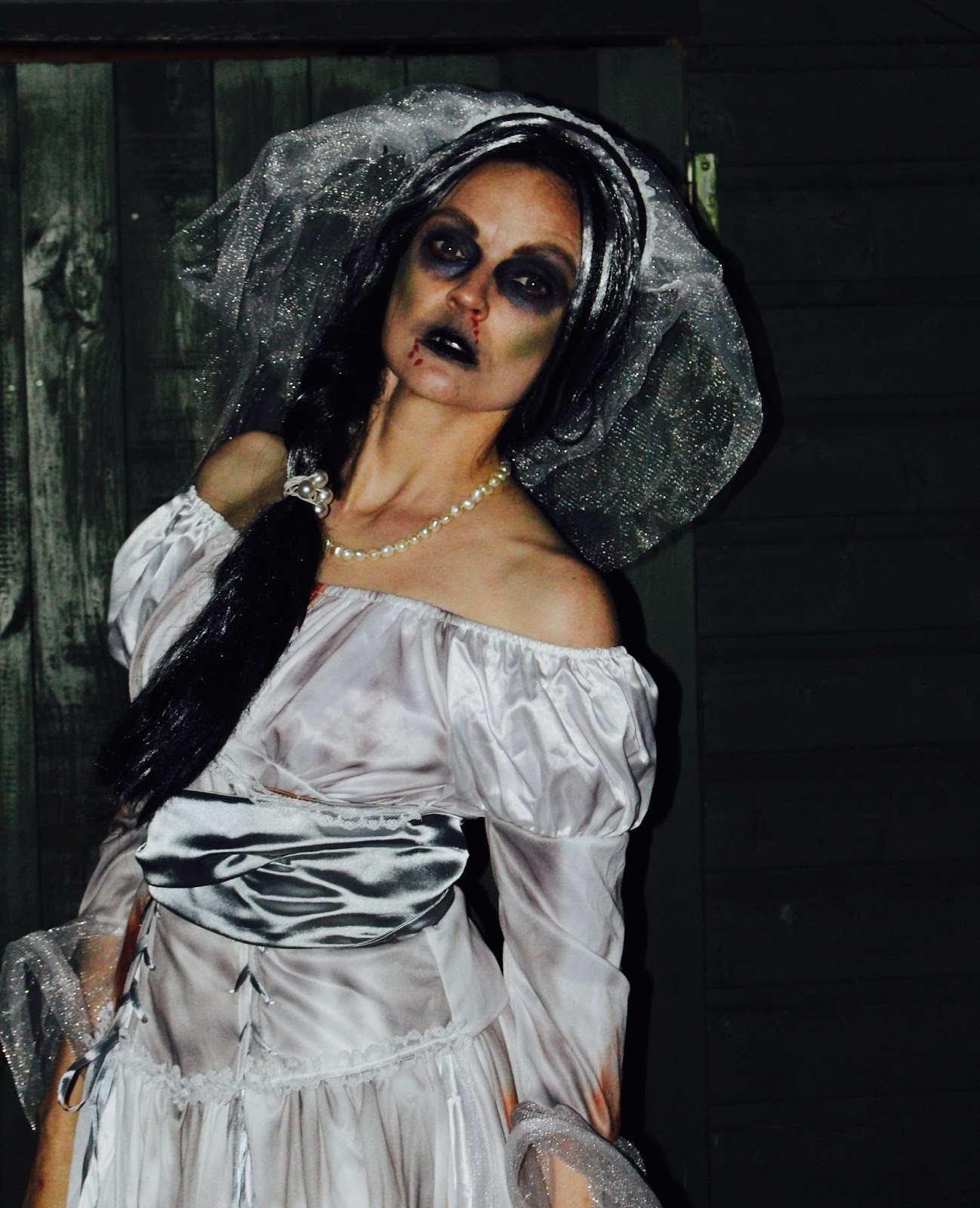 Corpse bride costume & makeup | Fakefabulous