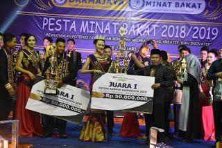 Jadi Juri Pesta Minat Bakat Yang Di Adakan Darmajaya BKKBN Lampung Ikut Serta