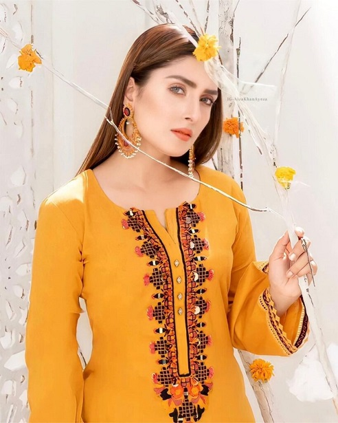 Ayeza Khan New One Photoshoot For Winter Collection 2