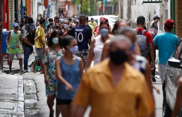 Ministério Público de Pernambuco alerta que circulação de pessoas sem uso de máscaras é crime