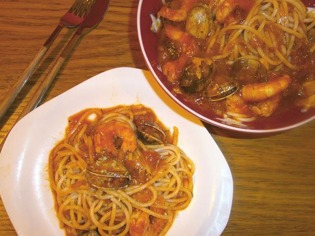 Espaguetis marineros (A la marinera)