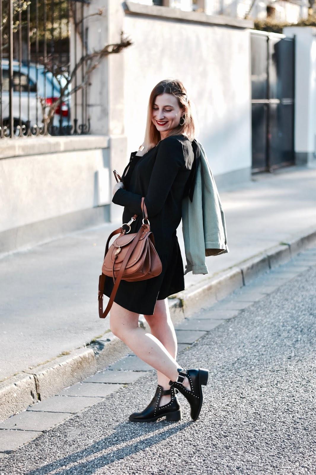 comment porter la petite robe noire au quotidien
