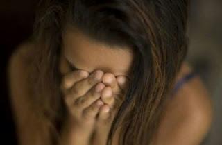 Jovem é sequestrada em frente a shopping de JP, estuprada e abandonada no Timbó