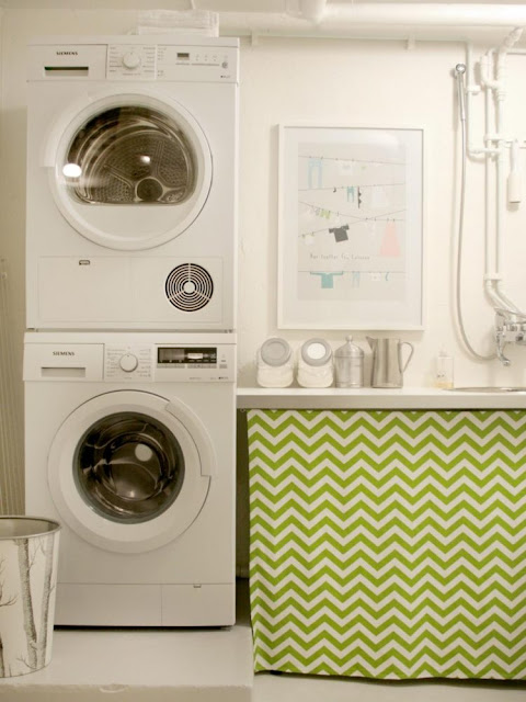 Small Laundry Room 9