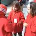 Tres niñas sordas discutiendo