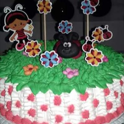topo de bolo joaninha