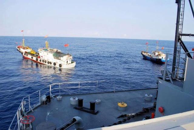 Hai tàu cá Trung Quốc