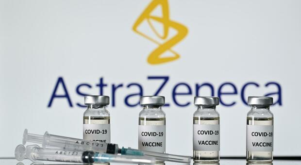 """Covid-19: Vettore virale di Scimpanzè, l'Aifa approva il vaccino """"ChAdOx1 nCoV-19"""" di AstraZeneca"""