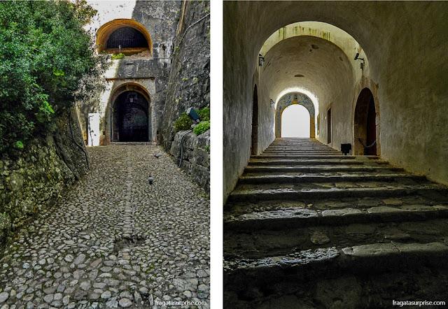 Túnel de acesso ao Castelo de São Filipe, em Setúbal