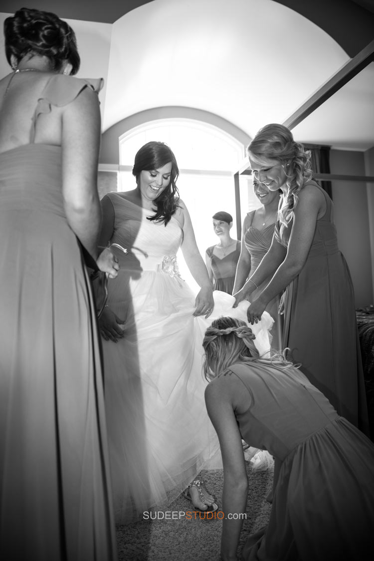 Getting Ready Royal Oak Wedding Photography - Sudeep Studio.com - Ann Arbor Photographer