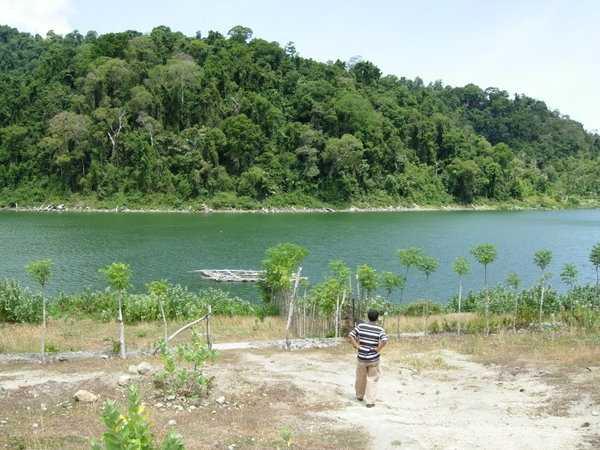 Wisata Danau Aneuk Laot Sabang