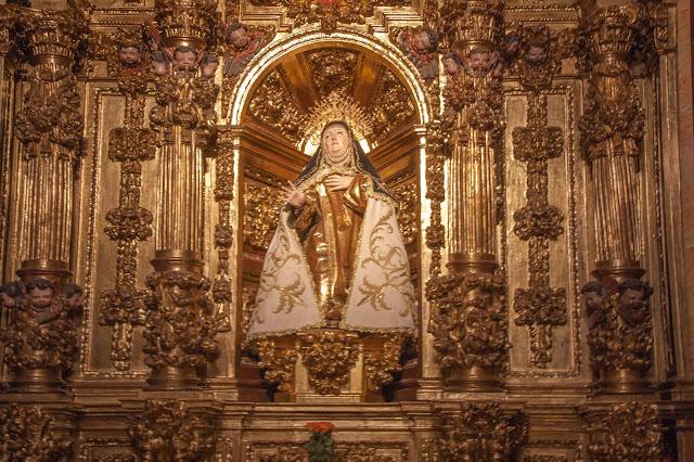 Altar de Santa Teresa, em Ávila, na Espanha