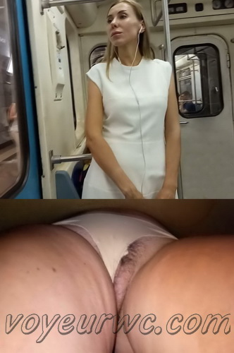 Upskirts N 2908-2917 (Real upskirt videos in the subway with hot girls)