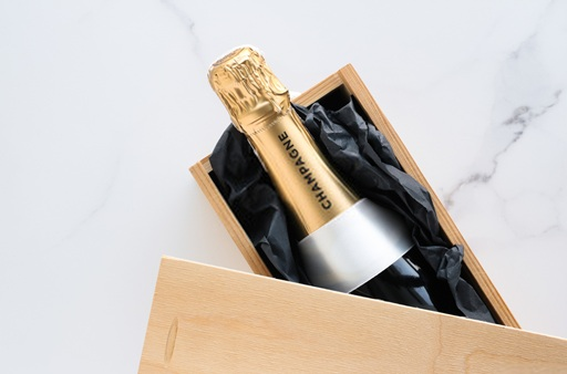 All You Need To Know About Designing Custom Wine Boxes