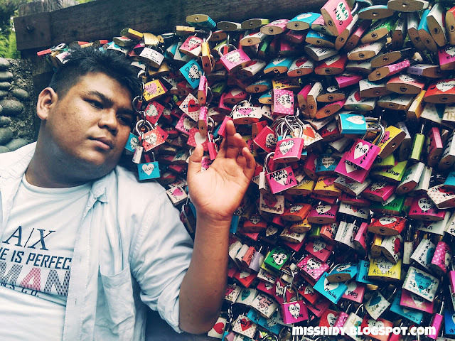 love lock di indonesia