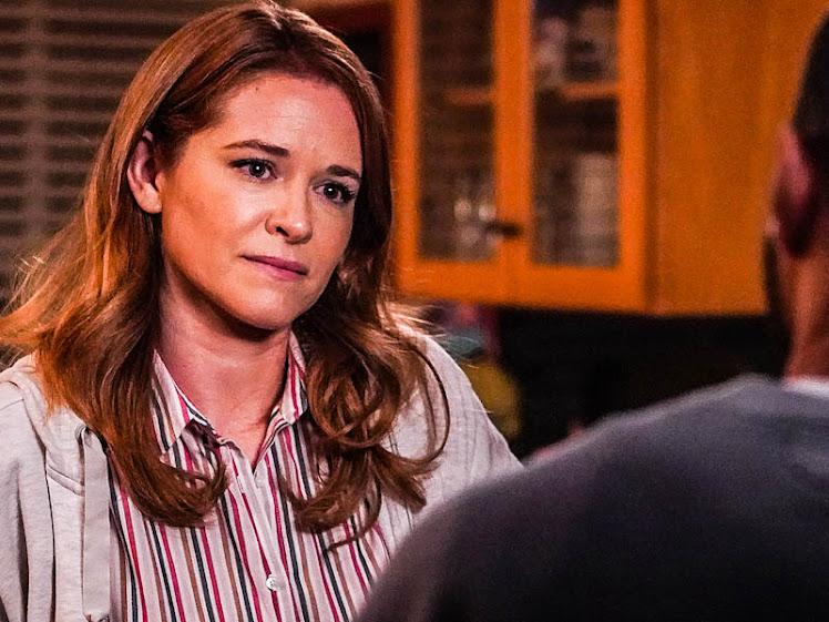 Volta ao set: April Kepner deve voltar ao set de Grey's Anatomy muito em breve