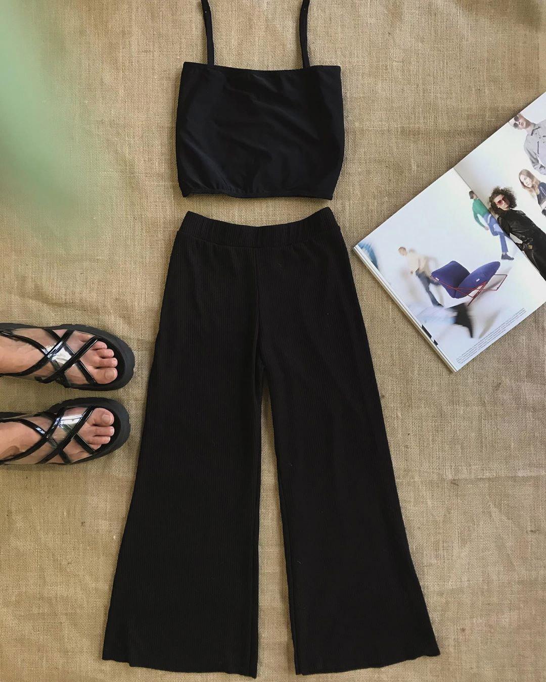 Top y pantalon palazzo moda mujer verano 2020.