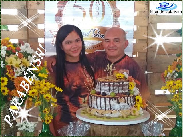 VARGEM GRANDE: MANOEL GOMES COMEMORA  SEUS 50 ANOS COM AMIGOS E FAMILIARES.