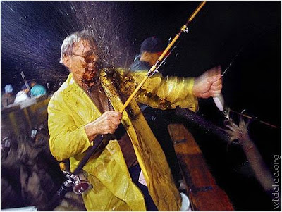 Fotos de Colección: venganza contra un pescador