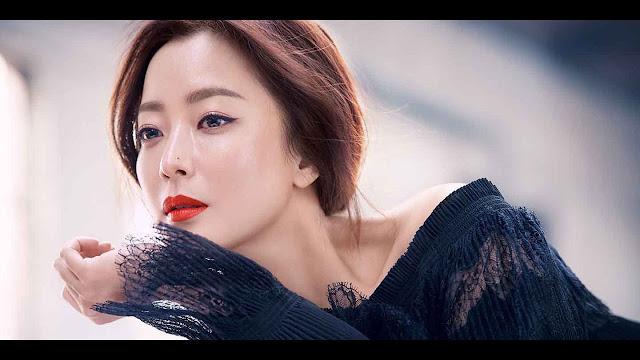金喜善有望演出tvN新戲《九號房間 Nine Room》上演律師與死刑犯靈魂交換的故事