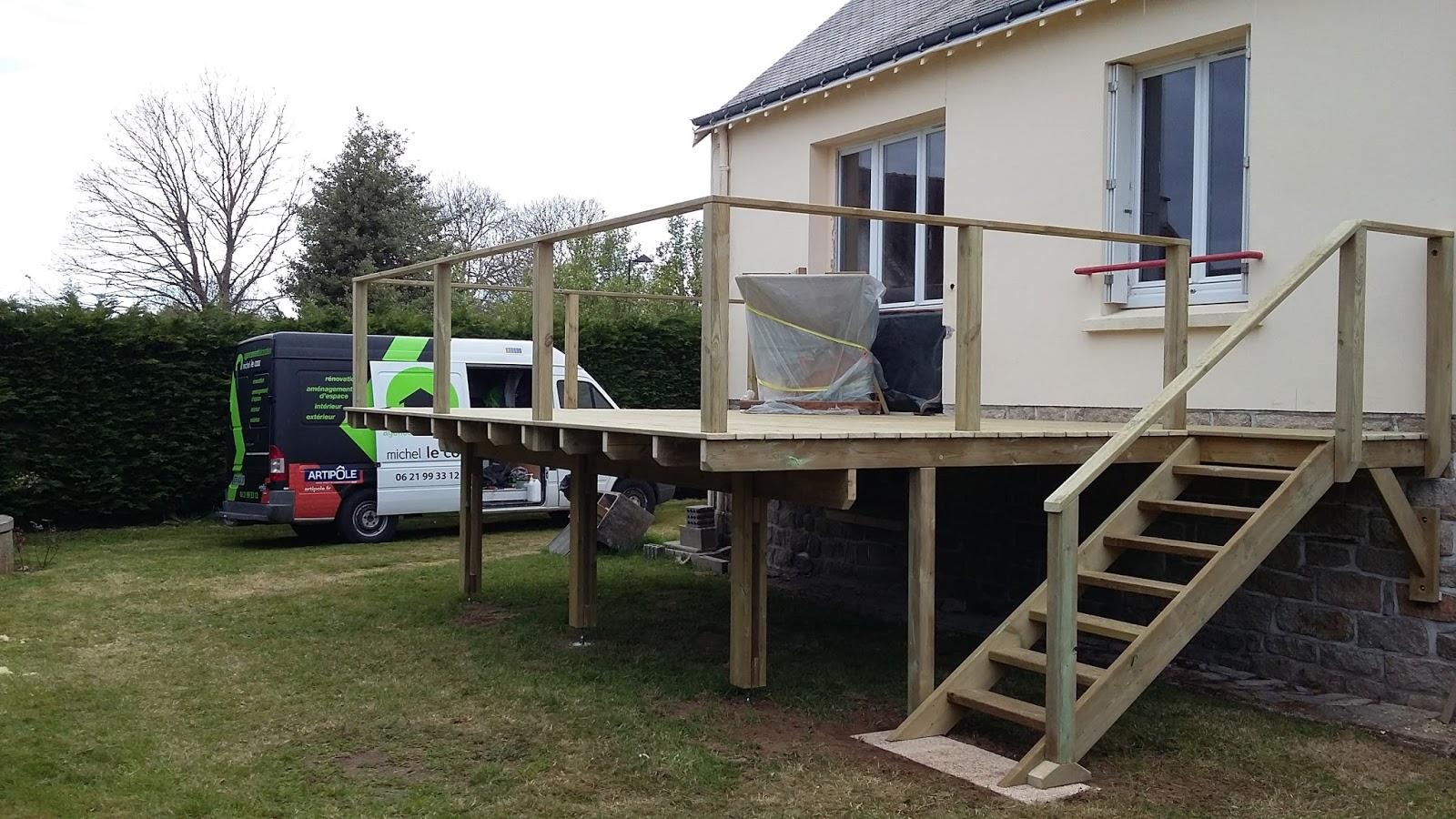 Michel Le Coz Agencement & Décoration: Terrasse bois sur pilotis