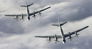 Les bombardiers russes frappent les positions de Daesh et al-Nosra