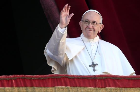 Papa Francisco viaja ao Iraque e faz apelo pela paz