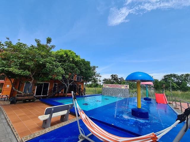 Swimming Pool di Homestay Kontena Melaka