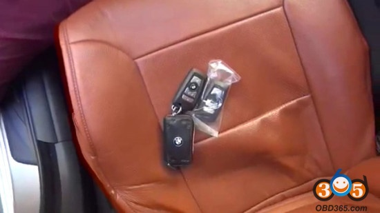 BMW 5 series key.