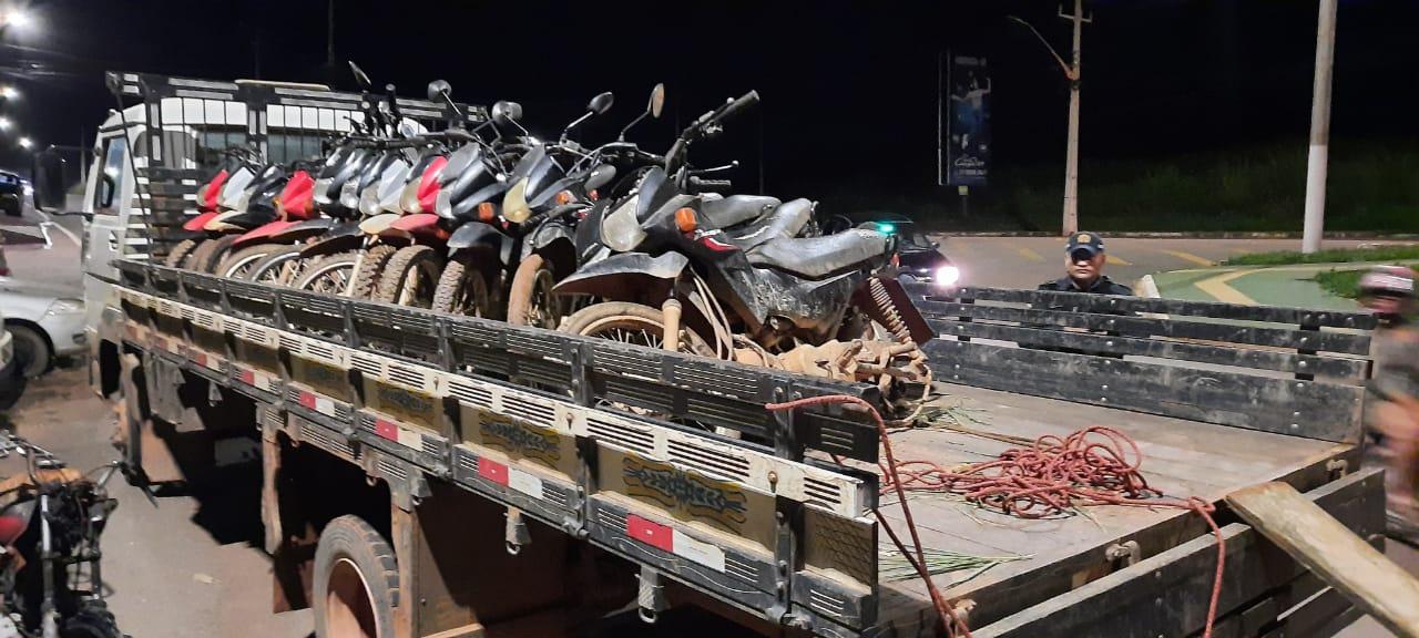 *Em operação, polícia recupera 12 motocicletas roubadas na zona rural de Parauapebas.*  https://www.portalpebao.com.br/2021/04/em-operacao-policia-recupera-12.html?m=1