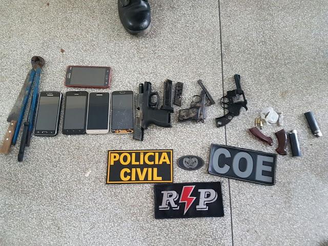 Dez pessoas são presas suspeitas de integrar facção em bairro de Cruzeiro do Sul