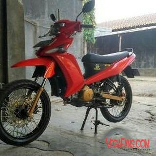 Vega ZR Modif Super Moto Merah