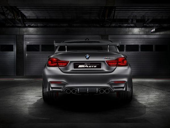 m41 Με τη Μ4 GTS, η BMW πέταξε το γάντι στη Giulia