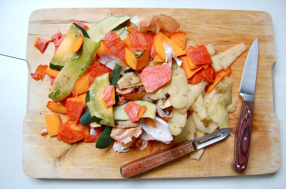 Epluchures de potimarron, courge, pommes de terre