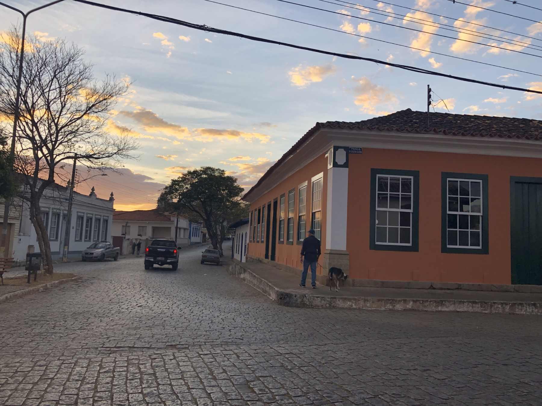 Pelas ruas de Perdões- MG