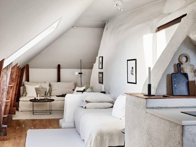 Un mic colț de liniște amenajat într-o garsonieră la mansardă (30 m²)