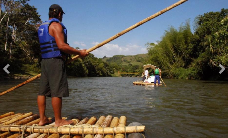 BALSAJE Es una de las actividades preteridas por los visitantes al Quindío