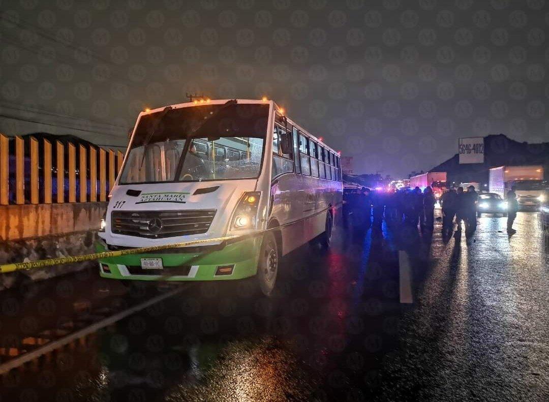 Militar que enfrentó y abatió a 3 asaltantes que subieron a un camión para robar a pasajeros también murió