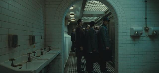 Входът за министерството на магията в Хари Потър и даровете на смъртта