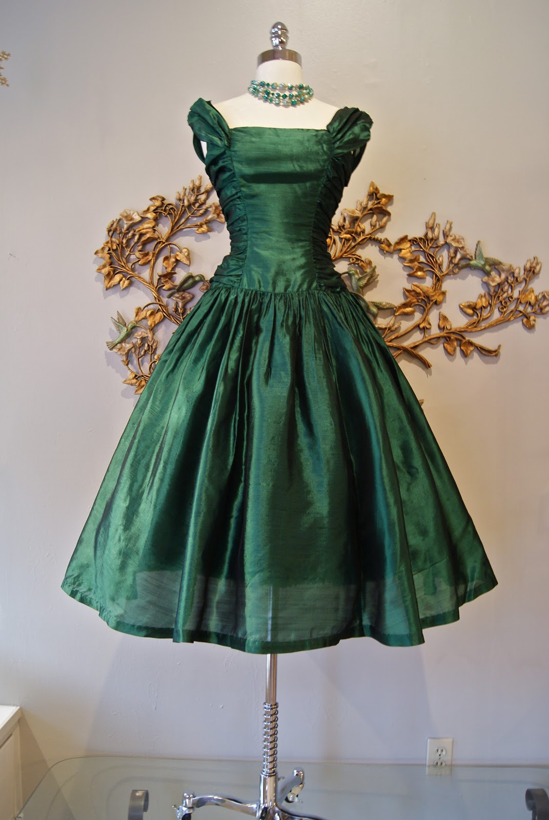 762fd94748a This 50 s emerald silk taffeta number sold the minute it came in....sorry  for the teaser!