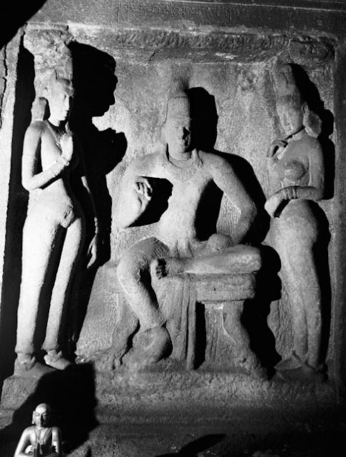 Pallava King Simhavishnu portrait in the Adi Varaha cave temple Mahabalipuram, india