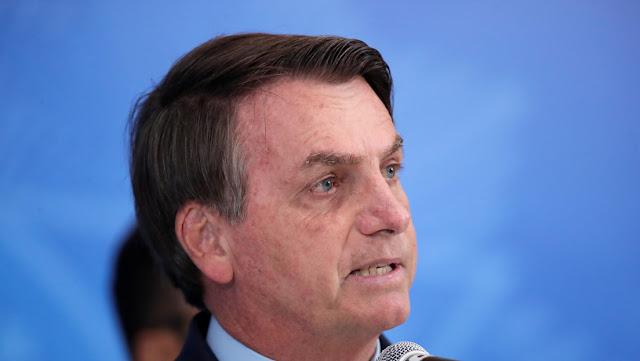 Bolsonaro critica las medidas de confinamiento masivo en Brasil para frenar el coronavirus