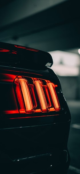 Black car tail light wallpaper
