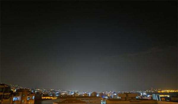 صورة ملتقطة بجوال جوجل بكسل 2 اكس ال بميزة Astrofotografie