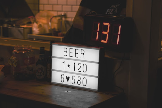 Ways to boost digital merchandising via acrylic fabrication