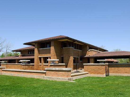 7 model bentuk atap perisai