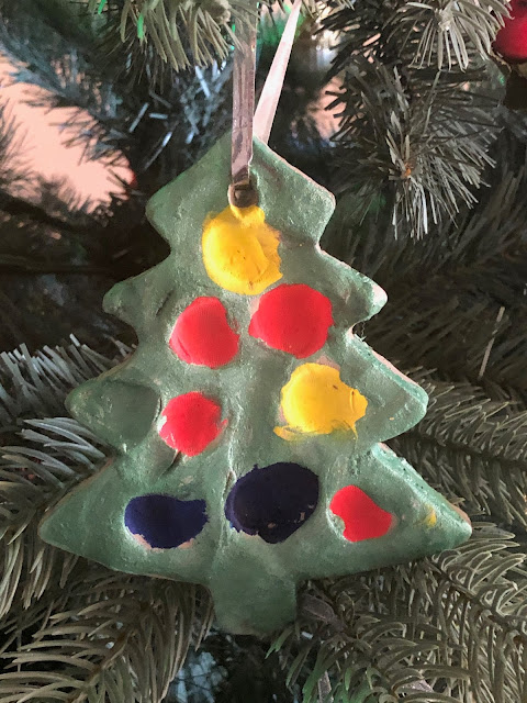 Christmas tree decorations, Chez Maximka